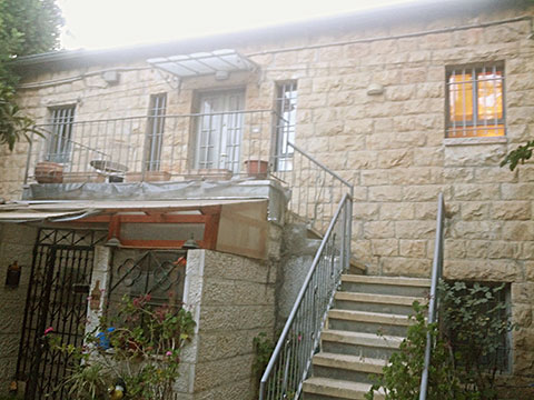 2 bedroom cottage apartment for rent in Jerusalem